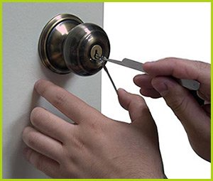 Expert Locksmith Services North Providence, RI 401-424-9799